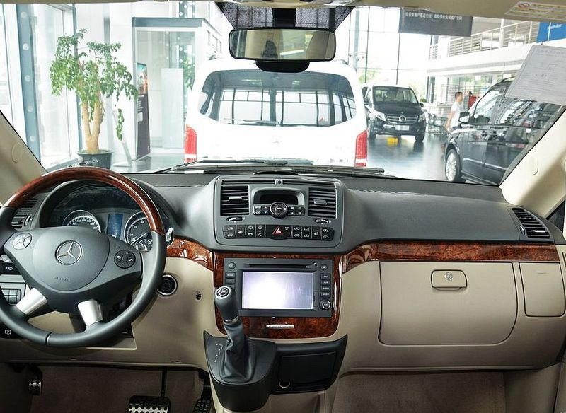 Mercedes Benz Viano Interior Photos Of