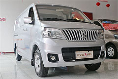 Фото Changan Ruixing M80